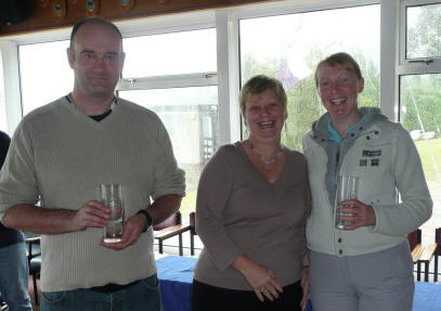 Overall winners Hugh Godfrey and Rhonwen Bryce with Elaine Hunt